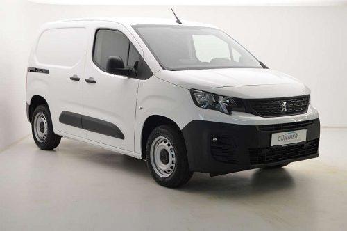 Peugeot Partner Standard PureTech 110 S&S Premium bei Auto Günther in